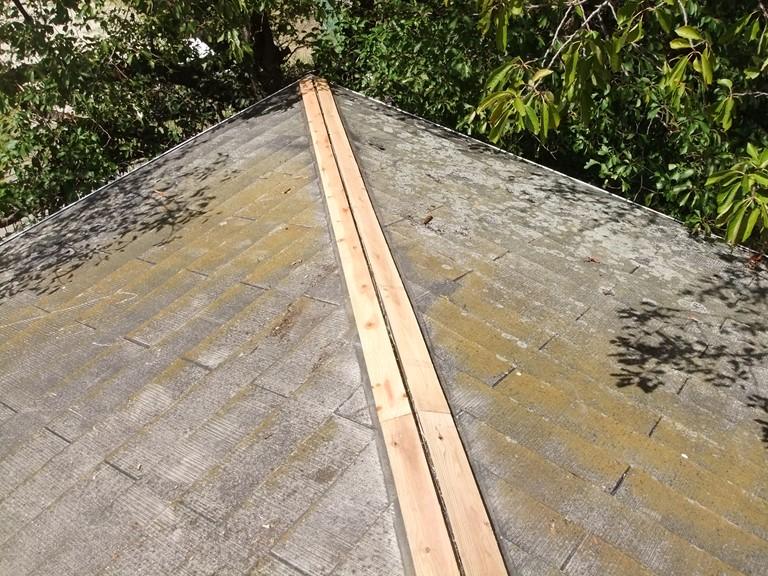 和歌山市の棟板金工事で下地の貫板が完成しました