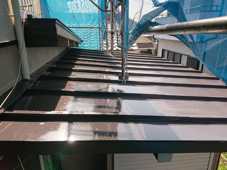 岩出市で増築した金属屋根の塗装完成