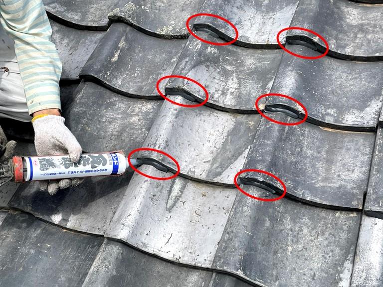 紀の川市の屋根瓦「ラバーロック工法」と「のし瓦の補修」をご紹介