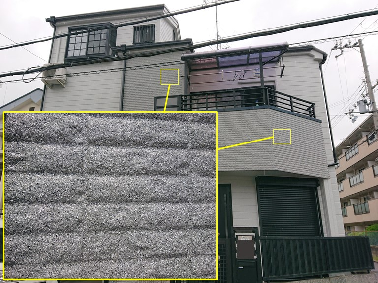 岩出市の外壁塗装完了し、表面がでこぼこした外壁部分の完成写真